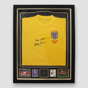 Framed England 66 World Cup retro goal keeper shirt signed by Sir Gordon Banks