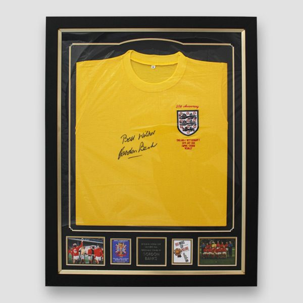 England-66-World-Cup-retro-goal-keeper-shirt-signed-by-Sir-Gordon-Banks