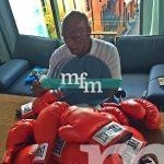 Mike-Tyson-Signing-Red-Everlast