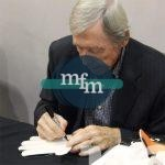 gordon-banks-signature