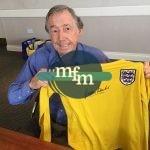 sir-gordon-banks-signing-england-keeper-shirt-1966