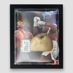 Anthony-Joshua-Signed-and-Framed-Gold-Everlast-quality-boxing-glove