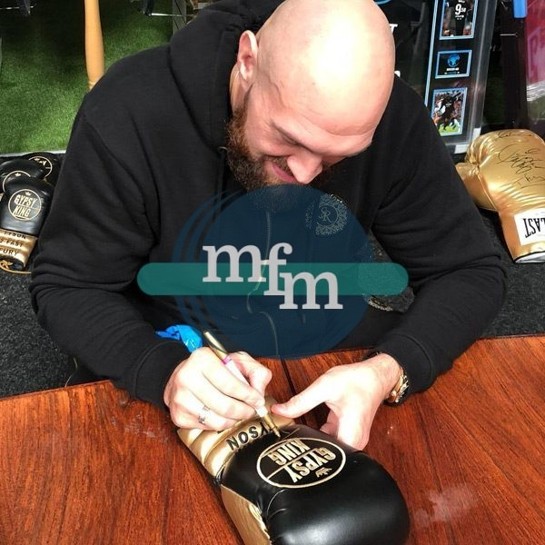 fury-signing-boxing-glove