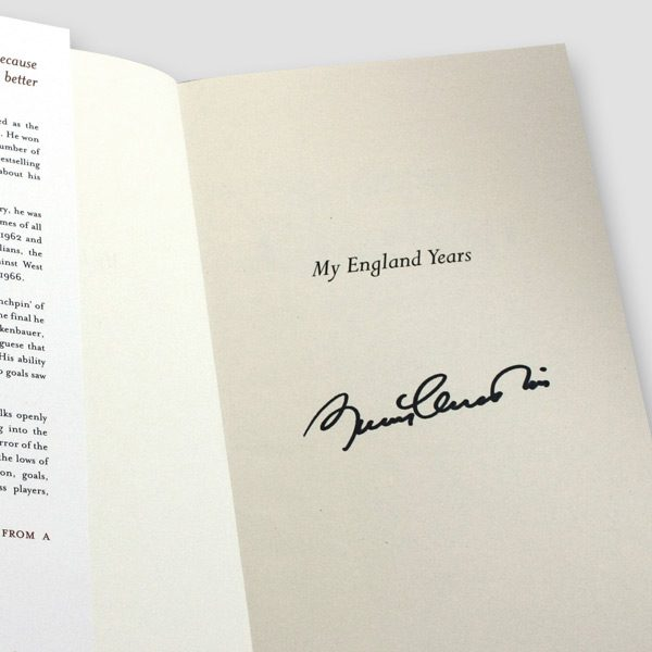 Sir-Bobby-Charlton-signed-1st-edition-autobiography—title-page