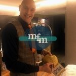 tyson-fury-signing-gold-glove