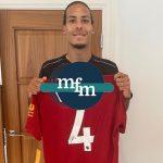 Framed Liverpool  home shirt 2019/2020 signed by Jürgen Klopp great item