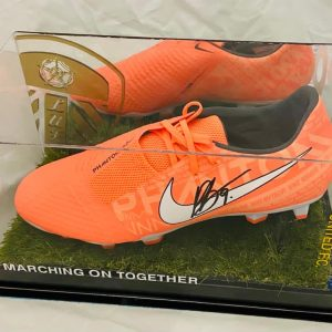Leeds Utd  Football boot signed by Patrick Bamford in a quality display